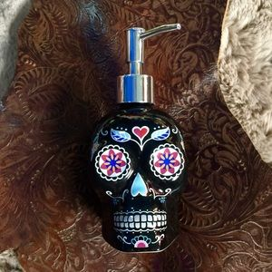 """Sugar Skull"" soap dispenser ""Day Of the Dead"""